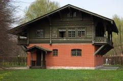 Maison suisse en parc Kuskovo, domaine de la famille de Sheremetev Images libres de droits