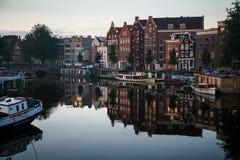 Maison sur l'eau amsterdam Image libre de droits