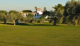 Maison sur le terrain de golf Image libre de droits