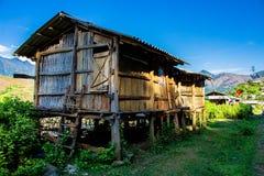 Maison thaïlandaise d'échasse au Vietnam Images libres de droits