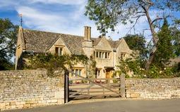Maison traditionnelle de pierre de cotswold ébréchant Campden Images stock