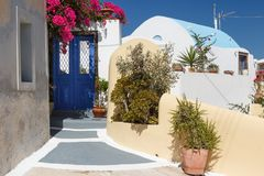Maison traditionnelle de style de Cyclades dans le village de Mesaria Photo libre de droits