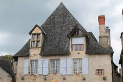 Maison traditionnelle, Turenne ( France ) Stock Photo