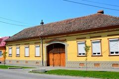 Maison typique dans la DBO de village, la Transylvanie Image stock