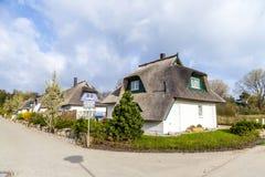 Maison typique de village avec le roseau Image stock