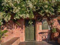 Maison typique sur l'île de Santorini, Grèce image stock