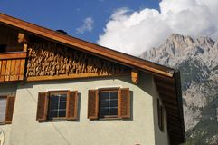 Maison tyrolienne type Image libre de droits