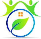 Maison verte de gens Image libre de droits