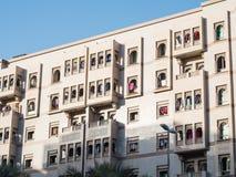 Maison vivante arabe dans la rue de Dubaï, EAU Image stock