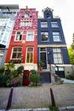Maisons colorées à Amsterdam photographie stock