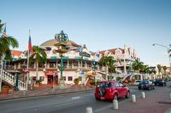 Maisons colorées de centre de la ville, Oranjestad, Aruba Image stock