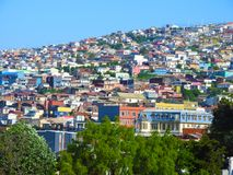 Maisons colorées de Valparaiso photo stock