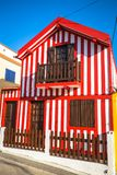 Maisons colorées en Costa Nova, Aveiro, Portugal images libres de droits