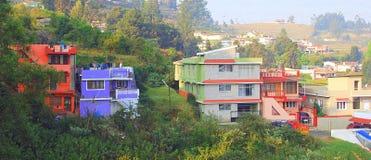 Maisons colorées - Ooty, Inde Photographie stock