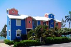Maisons colorées sur le caïman grand photo libre de droits