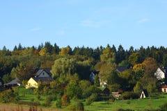 Maisons dans la forêt Photographie stock