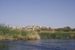 Maisons de fleuve de Nil, Aswan Photo stock