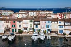 Maisons de Grimaud de port Image libre de droits