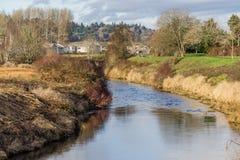 Maisons 2 de la rivière Green image stock