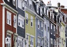 Maisons de ligne colorées Photo libre de droits