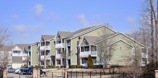 Maisons de luxe d'appartement complexes Images libres de droits