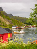 Maisons de pêche en Norvège images libres de droits