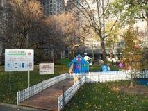 Maisons de pain d'épice grandeur nature automatiques en Madison Square Park Images stock