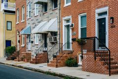 Maisons de rang?e au point de sauterelle, Baltimore, le Maryland photo libre de droits