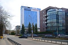 Maisons de ville de Vilnius au centre le 13 mars 2015 Image libre de droits