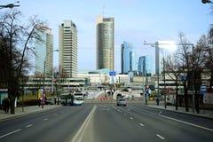 Maisons de ville de Vilnius au centre le 13 mars 2015 Photo libre de droits