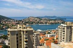 Maisons en béton dans Dubrovnik Image libre de droits