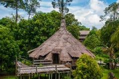 Maisons en bois traditionnelles de Melanau Village de culture de Kuching Sarawak malaysia photo stock