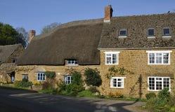 Maisons en pierre de Cotswold Photos libres de droits