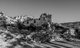 Maisons et blocaille détruites du tremblement de terre qui a frappé la ville d'Amatrice dans la région du Latium de l'Italie Le t Photos libres de droits