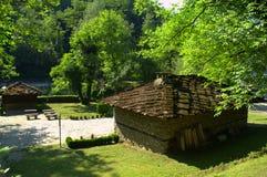 Maisons-Etar en pierre antiques, Bulgarie Image stock