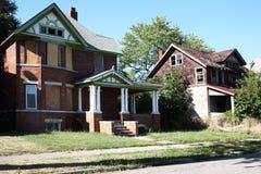 Maisons familiales abandonnées Photos libres de droits