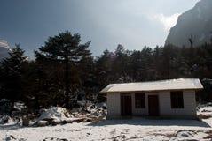 Maisons locales en vallée de Yumthang Image stock