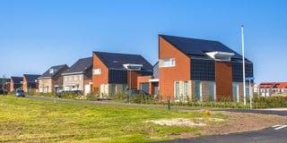 Maisons modernes dans le nouveau projet de construction Image stock