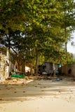 Maisons pauvres dans Bangtao Photographie stock libre de droits