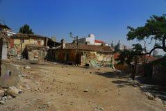 Maisons ruinées dans Alfama (Lizobon) Photographie stock libre de droits