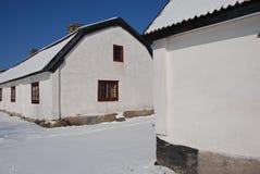 Maisons suédoises dans la neige Photo stock