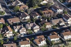 Maisons suburbaines du sud de la Californie aériennes images libres de droits