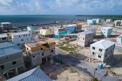 Maisons sur des échasses en construction dans les clés de la Floride images libres de droits