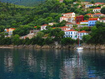 Maisons sur l'île d'Ithaca Images libres de droits