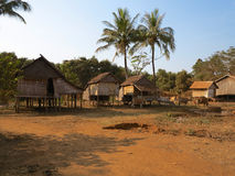 Maisons traditionnelles cambodgiennes Photo stock