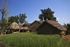 Maisons traditionnelles de taru dans Terai, Népal Image stock