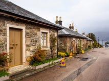 Maisons uniques de style au village de Luss, Ecosse, R-U Photo libre de droits
