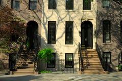 Maisons urbaines à New York Image stock