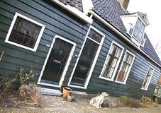 Maisons vertes dans le musée de Zaanse Schans Images stock