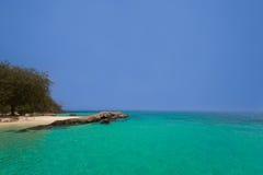 Maiton ö i Phuket Thailand Arkivfoto